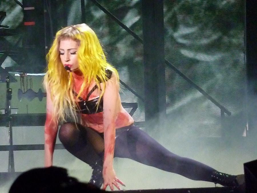 Lady_Gaga_Alejandro