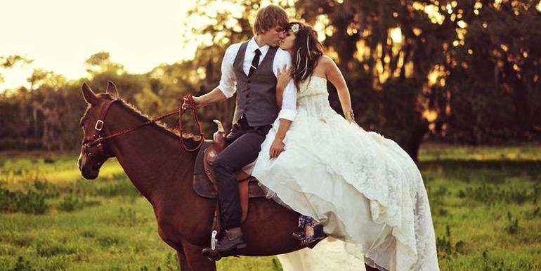 horse-wedding-1
